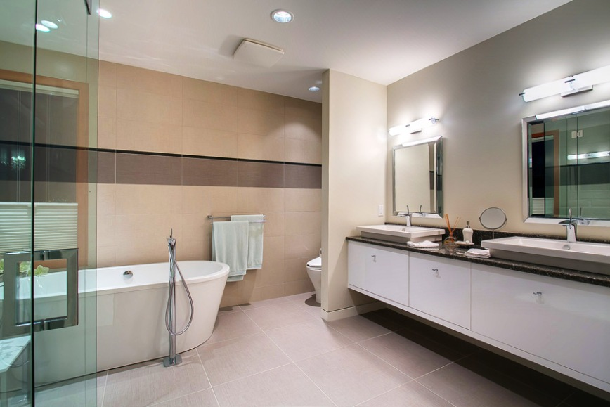 3608 quesnel - ensuite bathroom