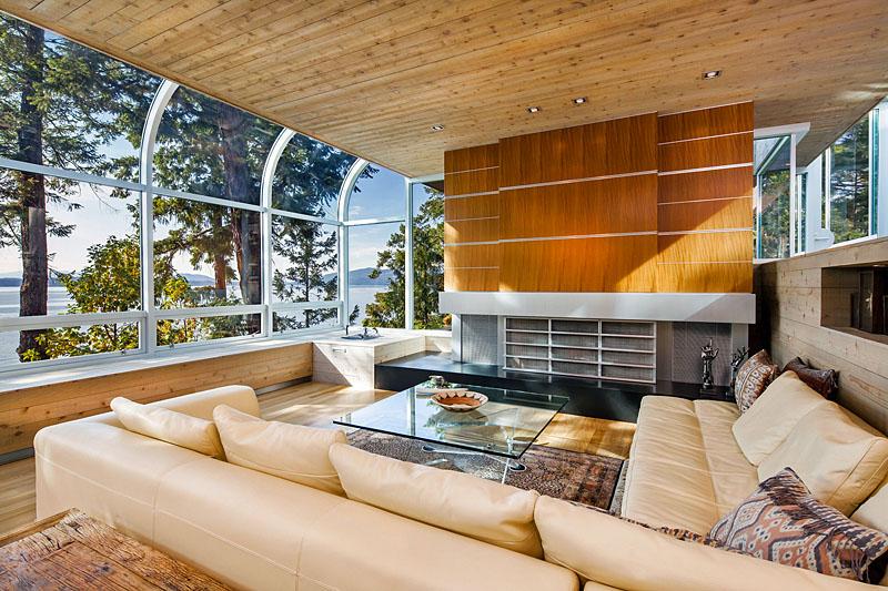 530 salmon - living room