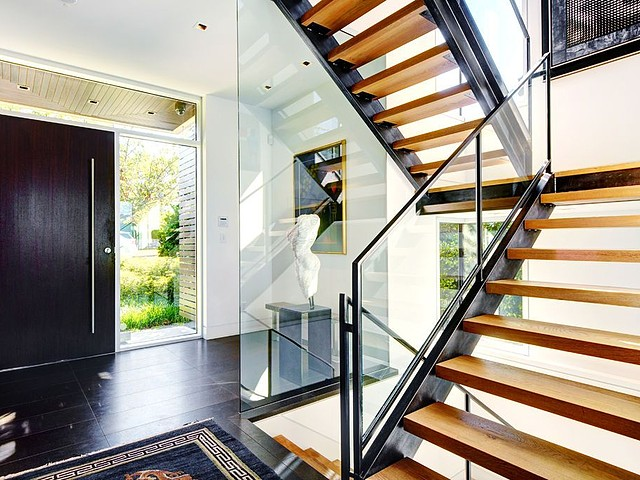 2705 west 30th - stairs and entry