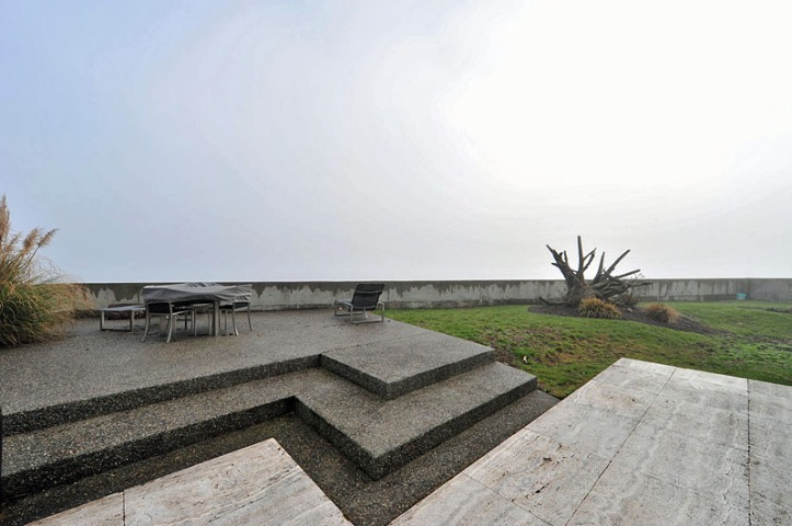 536 centennial - view